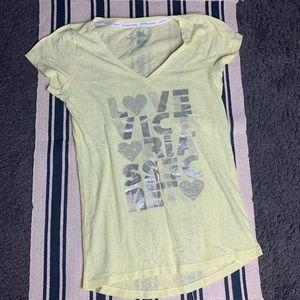 Victoria Secret T-Shirt L